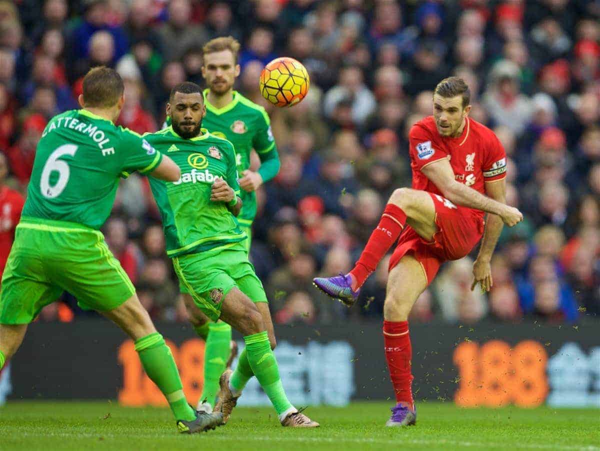 LIVERPOOL, ENGLAND - Saturday, February 6, 2016: Liverpool's captain Jordan Henderson in action against Sunderland during the Premier League match at Anfield. (Pic by David Rawcliffe/Propaganda)