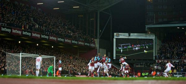 LONDON, ENGLAND - Tuesday, February 9, 2016: Liverpool's Philippe Coutinho Correia scores the first goal against West Ham United during the FA Cup 4th Round Replay match at Upton Park. (Pic by David Rawcliffe/Propaganda)