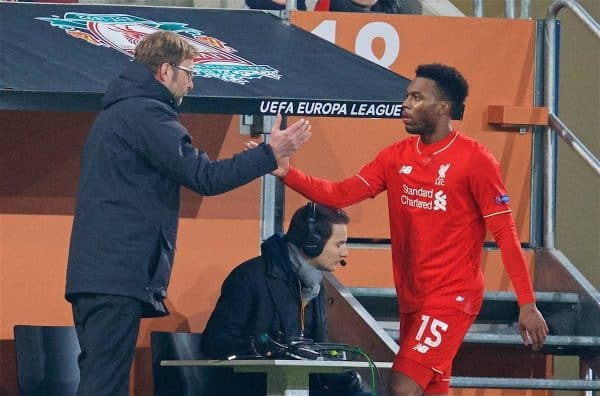 AUGSBURG, GERMANY - Thursday, February 18, 2016: Liverpool's Daniel Sturridge shakes hands with manager Jürgen Klopp as he is substituted against FC Augsburg during the UEFA Europa League Round of 32 1st Leg match at the Augsburg Arena. (Pic by David Rawcliffe/Propaganda)