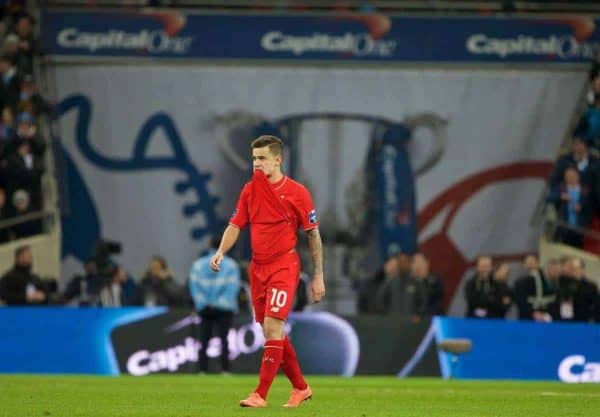 LONDON, ENGLAND - Sunday, February 28, 2016: Liverpool's Philippe Coutinho Correia looks dejected after missing a penalty in the shoot-out against Manchester City during the Football League Cup Final match at Wembley Stadium. (Pic by David Rawcliffe/Propaganda)