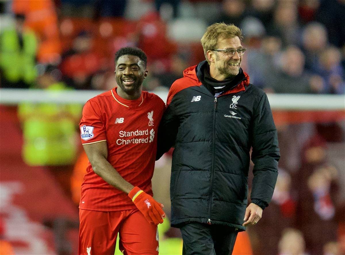 LIVERPOOL, ENGLAND - Wednesday, March 2, 2016: Liverpool's manager Jürgen Klopp celebrates with Kolo Toure after the 3-0 victory over Manchester City during the Premier League match at Anfield. (Pic by David Rawcliffe/Propaganda)
