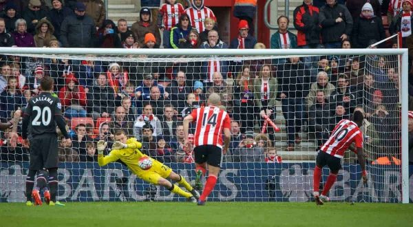 SOUTHAMPTON, ENGLAND - Sunday, March 20, 2016: Liverpool's goalkeeper Simon Mignolet saves a penalty from Southampton's Sadio Mane during the FA Premier League match at St Mary's Stadium. (Pic by David Rawcliffe/Propaganda)
