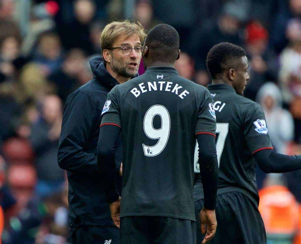 SOUTHAMPTON, ENGLAND - Sunday, March 20, 2016: Liverpool's manager Jürgen Klopp and Christian Benteke after losing 3-2 to Southampton during the FA Premier League match at St Mary's Stadium. (Pic by David Rawcliffe/Propaganda)