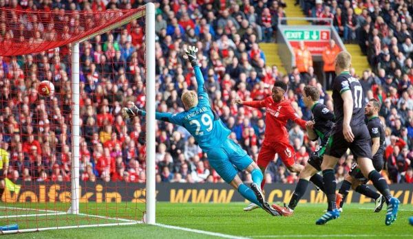 LIVERPOOL, ENGLAND - Sunday, April 10, 2016: Liverpool's Daniel Sturridge scores the second goal against Stoke City during the Premier League match at Anfield. (Pic by David Rawcliffe/Propaganda)