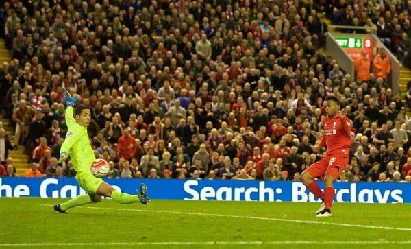 LIVERPOOL, ENGLAND - Wednesday, April 20, 2016: Liverpool's Daniel Sturridge scores the third goal against Everton during the Premier League match at Anfield, the 226th Merseyside Derby. (Pic by David Rawcliffe/Propaganda)