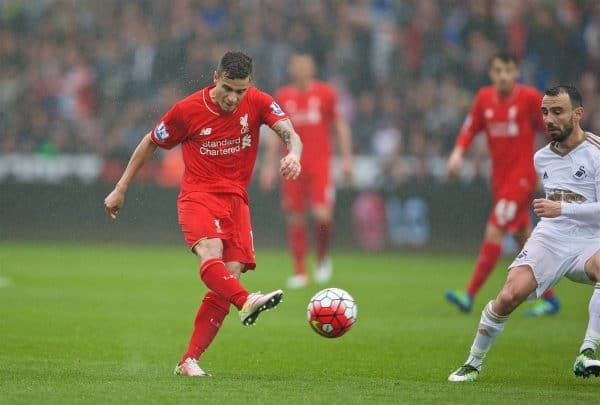 SWANSEA, WALES - Sunday, May 1, 2016: Liverpool's Philippe Coutinho Correia in action against Swansea City during the Premier League match at the Liberty Stadium. (Pic by David Rawcliffe/Propaganda)