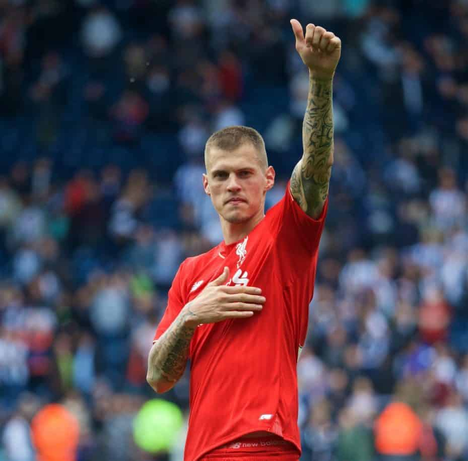 WEST BROMWICH, ENGLAND - Sunday, May 15, 2016: Liverpool's Martin Skrtel waves to the supporters after the 1-1 draw against West Bromwich Albion during the final Premier League match of the season at the Hawthorns. (Pic by David Rawcliffe/Propaganda)