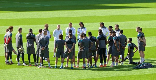 BASEL, SWITZERLAND - Tuesday, May 17, 2016: Liverpool's manager Jürgen Klopp gives a team talk during a training session ahead of the UEFA Europa League Final against Sevilla FC at St-Jakobs Park. (Pic by David Rawcliffe/Propaganda)