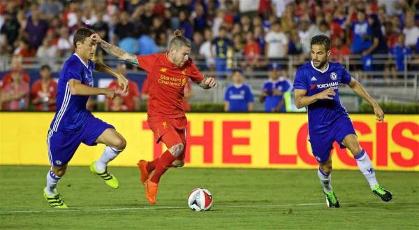 PASADENA, USA - Wednesday, July 27, 2016: Liverpool's Alberto Moreno in action against Chelsea during the International Champions Cup 2016 game on day seven of the club's USA Pre-season Tour at the Rose Bowl. (Pic by David Rawcliffe/Propaganda)