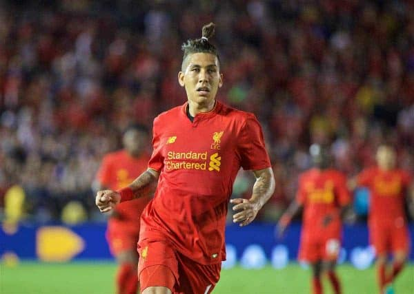 PASADENA, USA - Wednesday, July 27, 2016: Liverpool's Roberto Firmino in action against Chelsea during the International Champions Cup 2016 game on day seven of the club's USA Pre-season Tour at the Rose Bowl. (Pic by David Rawcliffe/Propaganda)