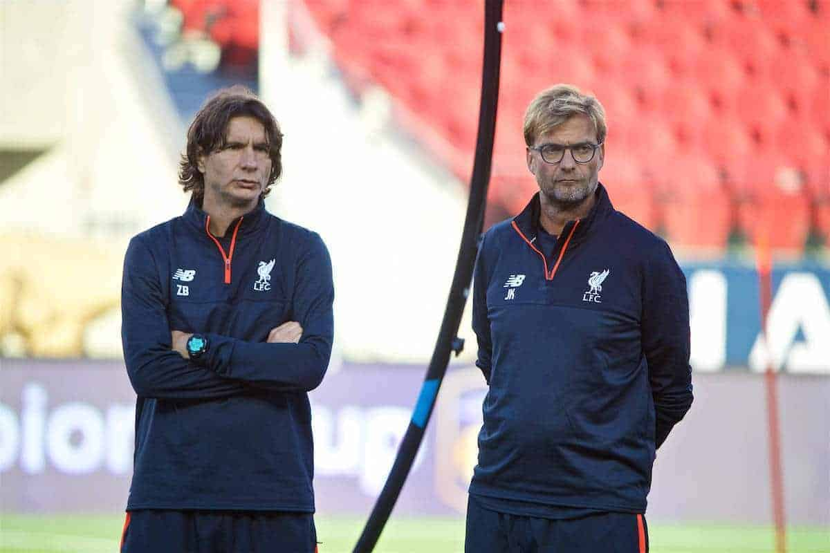 SANTA CLARA, USA - Friday, July 29, 2016: Liverpool's assistant manager Zeljko Buvac and manager Jürgen Klopp during a training session ahead of the International Champions Cup 2016 game against AC Milan on day nine of the club's USA Pre-season Tour at the Levi's Stadium. (Pic by David Rawcliffe/Propaganda)