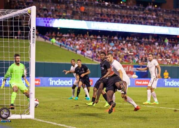 ST. LOUIS, USA - Monday, August 1, 2016: Liverpool's Sheyi Ojo scores the first equalising goal against AS Roma during a pre-season friendly game on day twelve of the club's USA Pre-season Tour at the Busch Stadium. (Pic by David Rawcliffe/Propaganda)