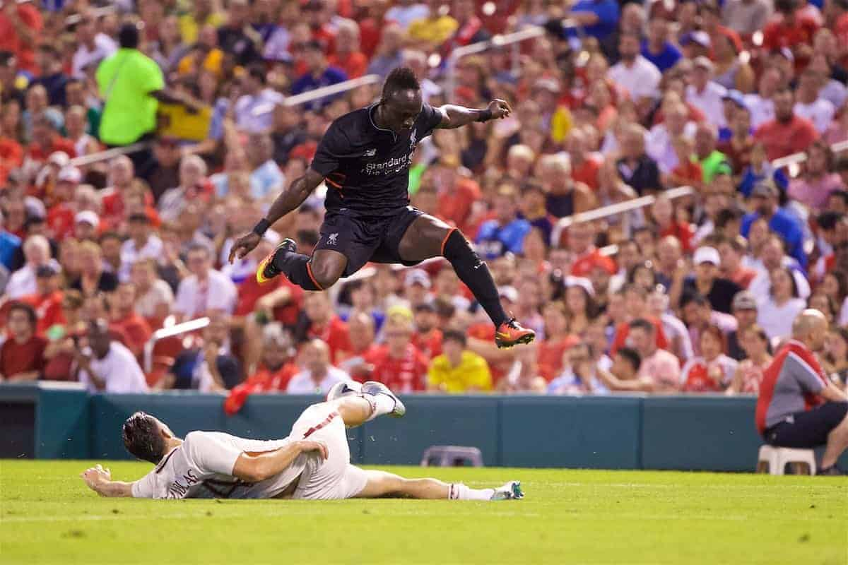 ST. LOUIS, USA - Monday, August 1, 2016: Liverpool's Sadio Mane in action against AS Roma during a pre-season friendly game on day twelve of the club's USA Pre-season Tour at the Busch Stadium. (Pic by David Rawcliffe/Propaganda)