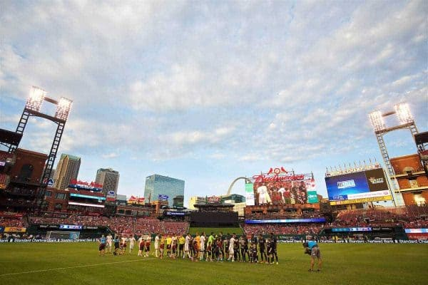 ST. LOUIS, USA - Monday, August 1, 2016: Liverpool and AS Roma players shake hands before a pre-season friendly game on day twelve of the club's USA Pre-season Tour at the Busch Stadium. (Pic by David Rawcliffe/Propaganda)