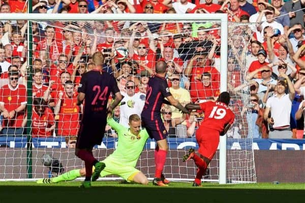 LONDON, ENGLAND - Saturday, August 6, 2016: Liverpool's Sadio Mane scores the first goal against FC Barcelona during the International Champions Cup match at Wembley Stadium. (Pic by David Rawcliffe/Propaganda)