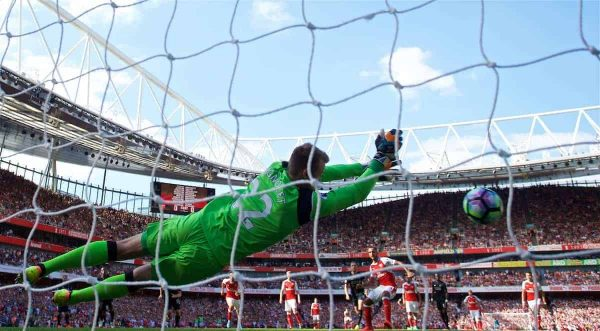 LONDON, ENGLAND - Sunday, August 14, 2016: Liverpool's goalkeeper Simon Mignolet saves a penalty from Arsenal's Theo Walcott during the FA Premier League match at the Emirates Stadium. (Pic by David Rawcliffe/Propaganda)