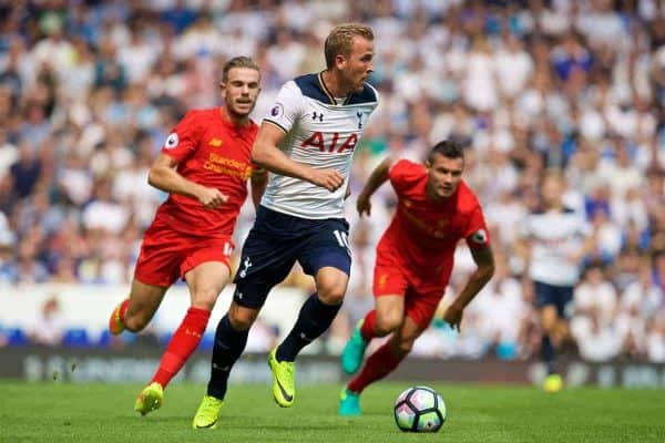 LONDON, ENGLAND - Saturday, August 27, 2016: Tottenham Hotspur's Harry Kane in action against Liverpool during the FA Premier League match at White Hart Lane. (Pic by David Rawcliffe/Propaganda)