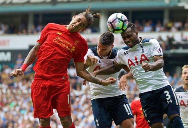 LONDON, ENGLAND - Saturday, August 27, 2016: Liverpool's Roberto Firmino in action against Tottenham Hotspur's Erik Lamela and Danny Rose during the FA Premier League match at White Hart Lane. (Pic by David Rawcliffe/Propaganda)