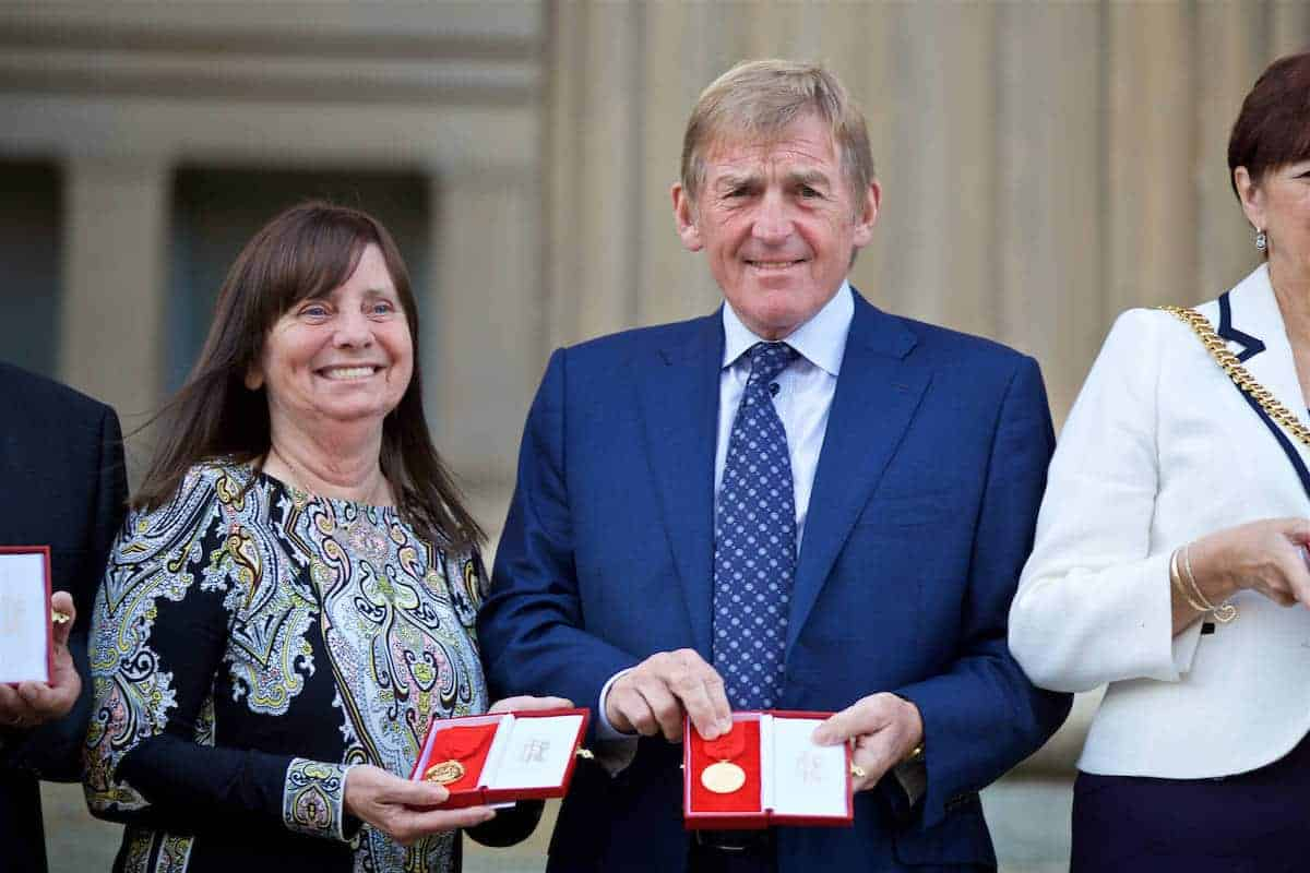 LIVERPOOL, ENGLAND - Thursday, September 22, 2016: Margret Aspinall and Kenny Dalglish with their medals before a Conferment of the Freedom of the City of Liverpool for the 96 Victims of the Hillsborough Stadium Disaster at the St. George's Hall. (Pic by David Rawcliffe/Propaganda)