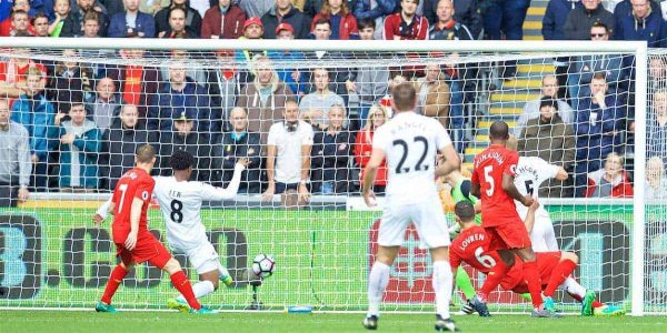 LIVERPOOL, ENGLAND - Saturday, October 1, 2016: Swansea City's Leroy Fer scores the first goal against Liverpool during the FA Premier League match at the Liberty Stadium. (Pic by David Rawcliffe/Propaganda)