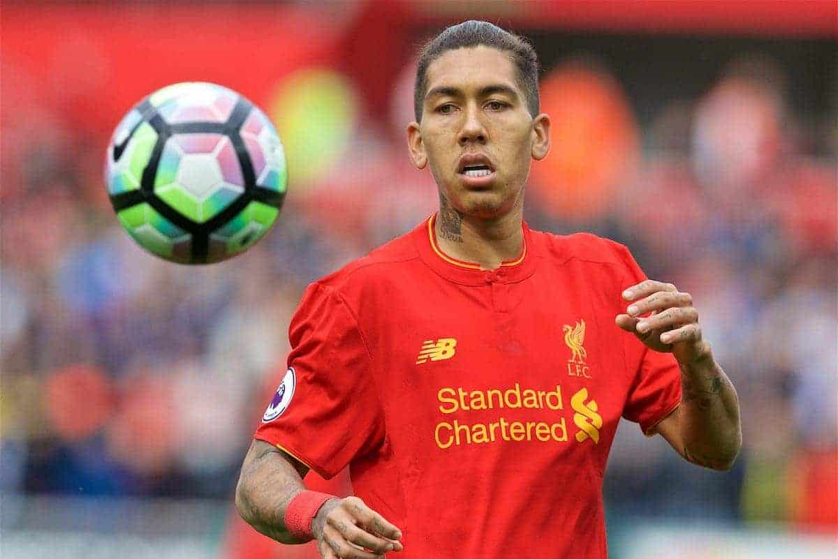 LIVERPOOL, ENGLAND - Saturday, October 1, 2016: Liverpool's Roberto Firmino in action against Swansea City during the FA Premier League match at the Liberty Stadium. (Pic by David Rawcliffe/Propaganda)