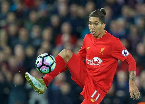 LIVERPOOL, ENGLAND - Monday, October 17, 2016: Liverpool's Roberto Firmino during the FA Premier League match against Manchester United at Anfield. (Pic by David Rawcliffe/Propaganda)