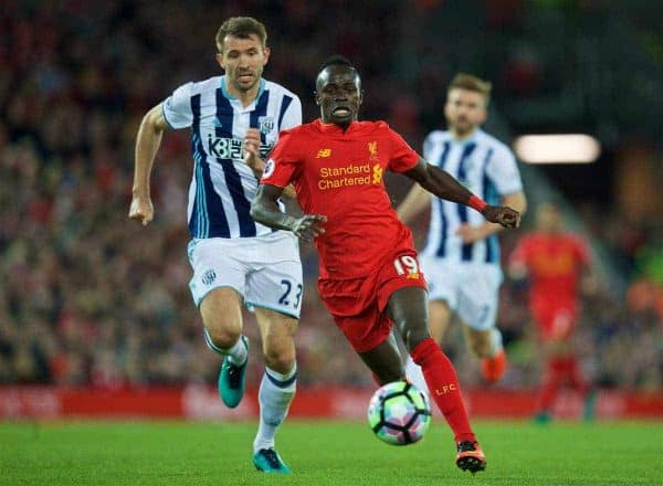 LIVERPOOL, ENGLAND - Saturday, October 22, 2016: Liverpool's Sadio Mane in action against West Bromwich Albion during the FA Premier League match at Anfield. (Pic by David Rawcliffe/Propaganda)