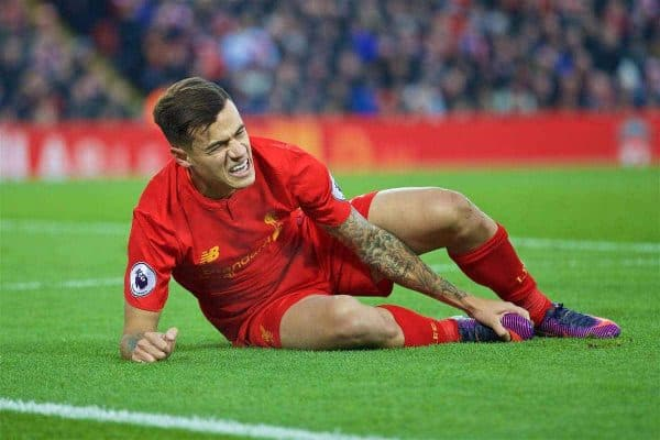 LIVERPOOL, ENGLAND - Saturday, November 26, 2016: Liverpool's Philippe Coutinho Correia lies injured against Sunderland during the FA Premier League match at Anfield. (Pic by David Rawcliffe/Propaganda)