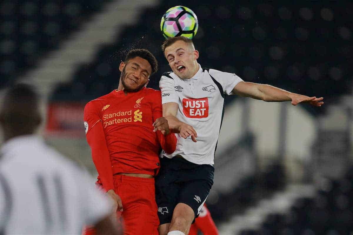 DERBY, ENGLAND - Monday, November 28, 2016: Liverpool's Joe Gomez in action against Derby County's Charles Vernal during the FA Premier League 2 Under-23 match at Pride Park. (Pic by David Rawcliffe/Propaganda)