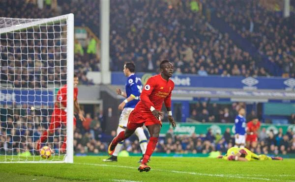 LIVERPOOL, ENGLAND - Monday, December 19, 2016: Liverpool's Sadio Mane celebrates scoring the winning goal against Everton in injury time during the FA Premier League match, the 227th Merseyside Derby, at Goodison Park. (Pic by David Rawcliffe/Propaganda)