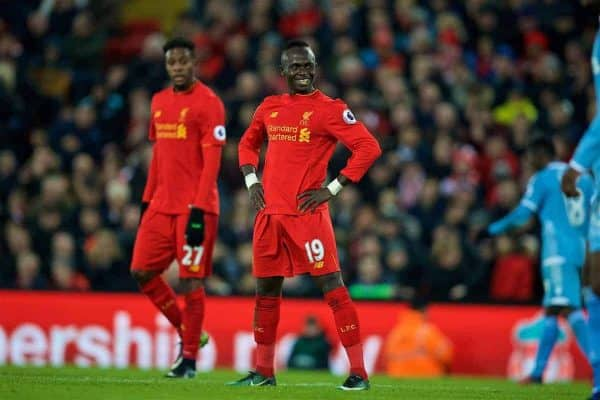 LIVERPOOL, ENGLAND - Tuesday, December 27, 2016: Liverpool's Sadio Mane2 in action against Stoke City during the FA Premier League match at Anfield. (Pic by David Rawcliffe/Propaganda)