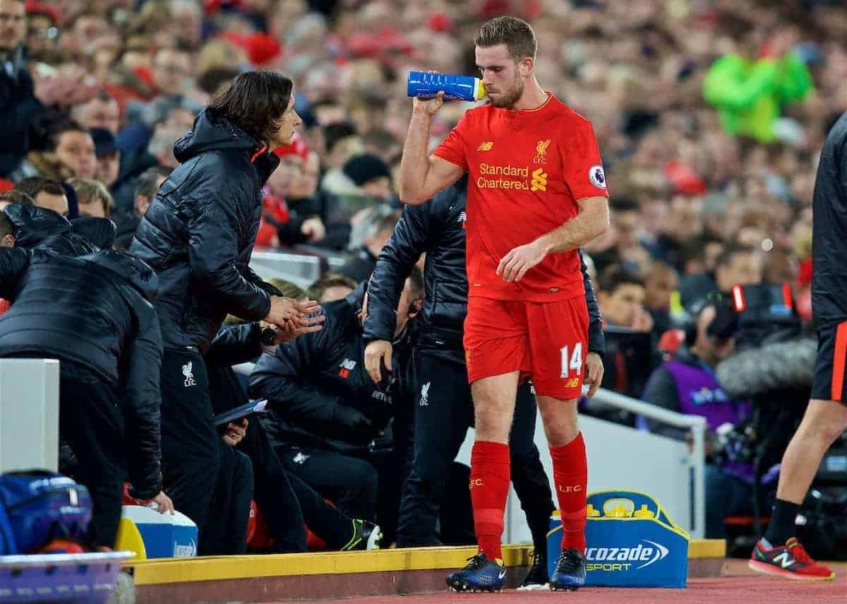 LIVERPOOL, ENGLAND - Saturday, December 31, 2016: Liverpool's captain Jordan Henderson goes off injured against Manchester City during the FA Premier League match at Anfield. (Pic by David Rawcliffe/Propaganda)