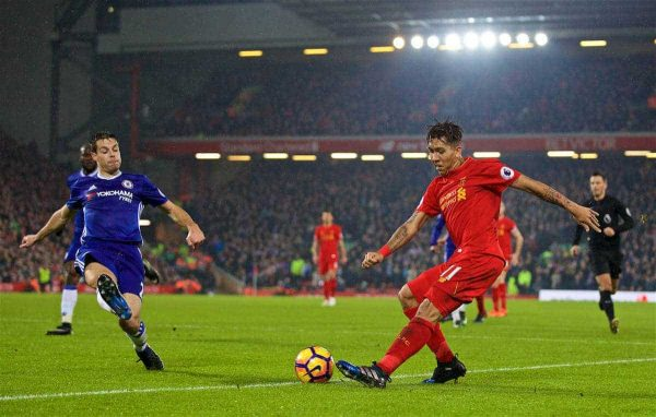 LIVERPOOL, ENGLAND - Tuesday, January 31, 2017: Liverpool's Roberto Firmino in action against Chelsea during the FA Premier League match at Anfield. (Pic by David Rawcliffe/Propaganda)