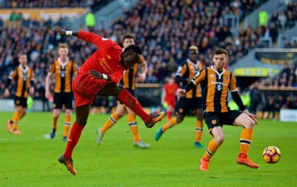 KINGSTON-UPON-HULL, ENGLAND - Saturday, February 4, 2017: Liverpool's Sadio Mane in action against Hull City during the FA Premier League match at the KCOM Stadium. (Pic by David Rawcliffe/Propaganda)