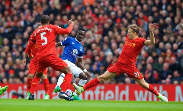 LIVERPOOL, ENGLAND - Saturday, April 1, 2017: Liverpool's Lucas Leiva in action against Everton's Idriss Gana Gueye  during the FA Premier League match, the 228th Merseyside Derby, at Anfield. (Pic by David Rawcliffe/Propaganda)