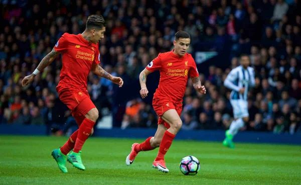 WEST BROMWICH, ENGLAND - Easter Sunday, April 16, 2017, 2016: Liverpool's Philippe Coutinho Correia and Roberto Firmino in action against West Bromwich Albion during the FA Premier League match at the Hawthorns. (Pic by David Rawcliffe/Propaganda)