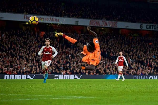 LONDON, ENGLAND - Friday, December 22, 2017: Liverpool's Sadio Mane misses a chance with an overhead kick during the FA Premier League match between Arsenal and Liverpool at the Emirates Stadium. (Pic by David Rawcliffe/Propaganda)