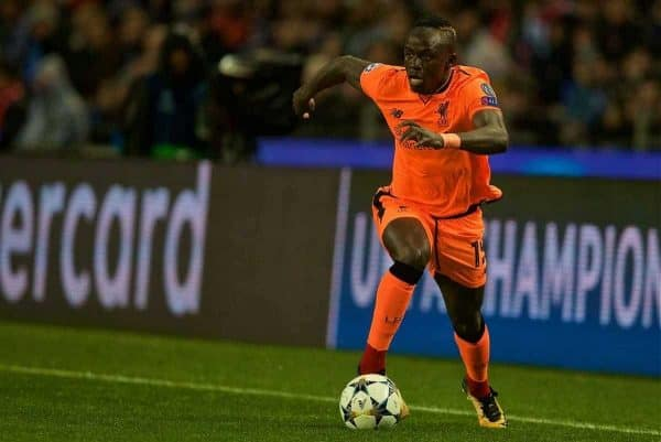 """PORTO, PORTUGAL - Wednesday, February 14, 2018: Liverpool's Sadio Mane during the UEFA Champions League Round of 16 1st leg match between FC Porto and Liverpool FC on Valentine's Day at the Est·dio do Drag""""o. (Pic by David Rawcliffe/Propaganda)"""