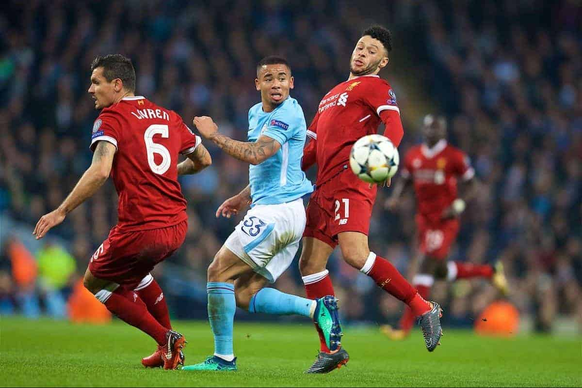 MANCHESTER, ENGLAND - Tuesday, April 10, 2018: Liverpool's Alex Oxlade-Chamberlain (right) and Manchester City's Gabriel Jesus (centre) during the UEFA Champions League Quarter-Final 2nd Leg match between Manchester City FC and Liverpool FC at the City of Manchester Stadium. (Pic by David Rawcliffe/Propaganda)