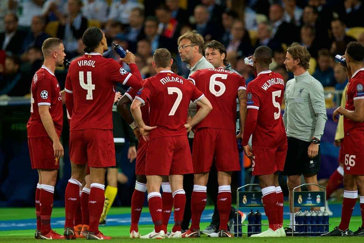KIEV, UKRAINE - Saturday, May 26, 2018: Liverpool's manager J¸rgen Klopp speaks to his players during the UEFA Champions League Final match between Real Madrid CF and Liverpool FC at the NSC Olimpiyskiy. (Pic by Peter Powell/Propaganda)