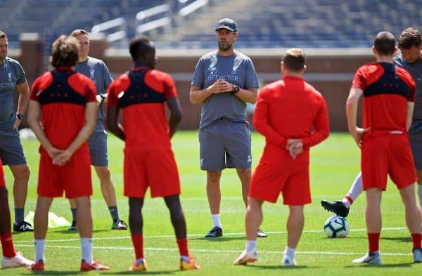 ANN ARBOR, USA - Friday, July 27, 2018: Liverpool's manager Jürgen Klopp speaks to his players before a training session ahead of the preseason International Champions Cup match between Manchester United FC and Liverpool FC at the Michigan Stadium. (Pic by David Rawcliffe/Propaganda)