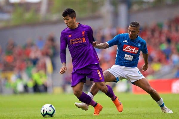 DUBLIN, REPUBLIC OF IRELAND - Saturday, August 4, 2018: Liverpool's Roberto Firmino and Napoli's Simone Verdi during the preseason friendly match between SSC Napoli and Liverpool FC at Landsdowne Road. (Pic by David Rawcliffe/Propaganda)