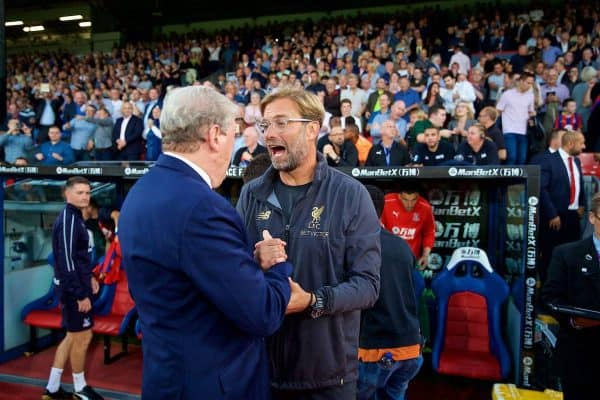 LONDON, ENGLAND - Monday, August 20, 2018: Crystal Palace's manager Roy Hodgson and manager Jürgen Klopp shake hands before the FA Premier League match between Crystal Palace and Liverpool FC at Selhurst Park. (Pic by David Rawcliffe/Propaganda)