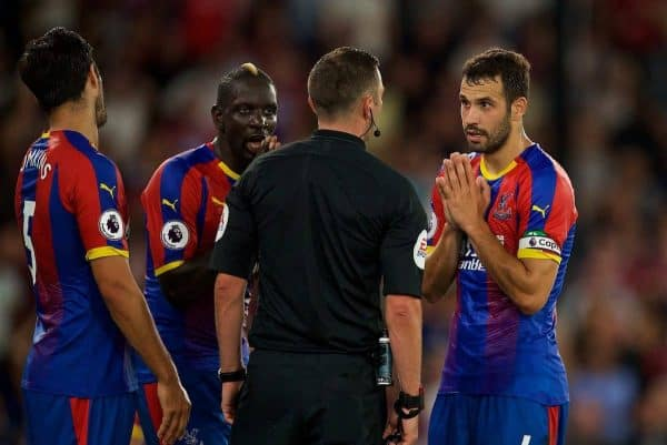LONDON, ENGLAND - Monday, August 20, 2018: Crystal Palace's James Tomkins, Mamadou Sakho and captain Luka Milivojevic complain to the referee as Liverpool are awarded a penalty during the FA Premier League match between Crystal Palace and Liverpool FC at Selhurst Park. (Pic by David Rawcliffe/Propaganda)