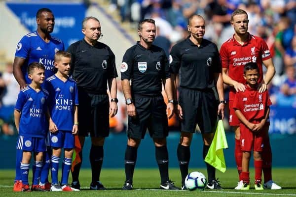 LEICESTER, ENGLAND - Saturday, September 1, 2018: Leicester City's captain Wes Morgan (left), Liverpool's captain Jordan Henderson (right) and referees before the FA Premier League match between Leicester City and Liverpool at the King Power Stadium. (Pic by David Rawcliffe/Propaganda)