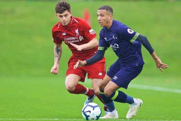 KIRKBY, ENGLAND - Sunday, October 21, 2018: Liverpool's Adam Lewis (L) and Derby County's Jayden Mitchell-Lawson during the Under-23 FA Premier League 2 Division 1 match between Liverpool FC and Derby County at The Kirkby Academy. (Pic by David Rawcliffe/Propaganda)