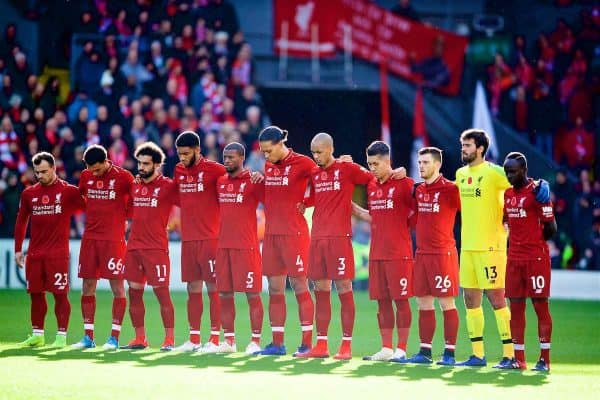 LIVERPOOL, ENGLAND - Sunday, November 11, 2018: Liverpool players stand for a moment's silence to remember Armistice Day before the FA Premier League match between Liverpool FC and Fulham FC at Anfield. (Pic by David Rawcliffe/Propaganda)