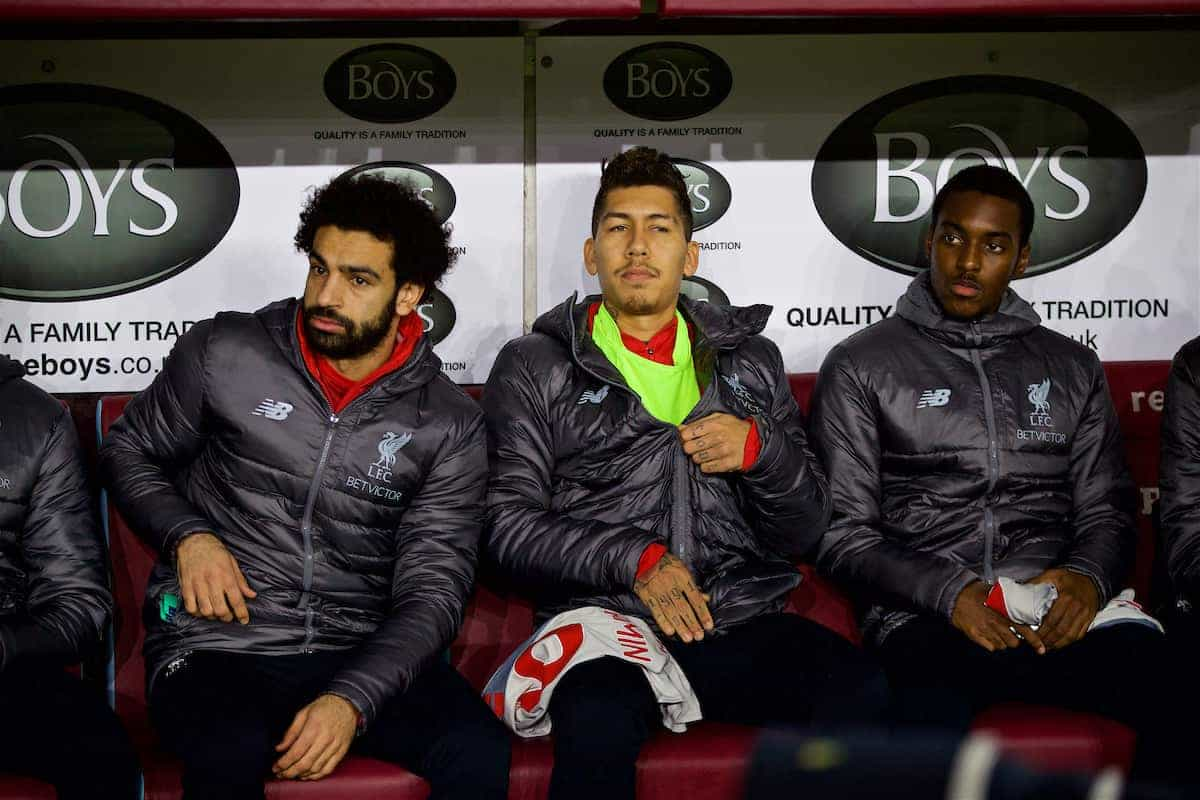 BURNLEY, ENGLAND - Wednesday, December 5, 2018: Liverpool's substitutes Mohamed Salah (L) and Roberto Firmino on the bench before the FA Premier League match between Burnley FC and Liverpool FC at Turf Moor. (Pic by David Rawcliffe/Propaganda)