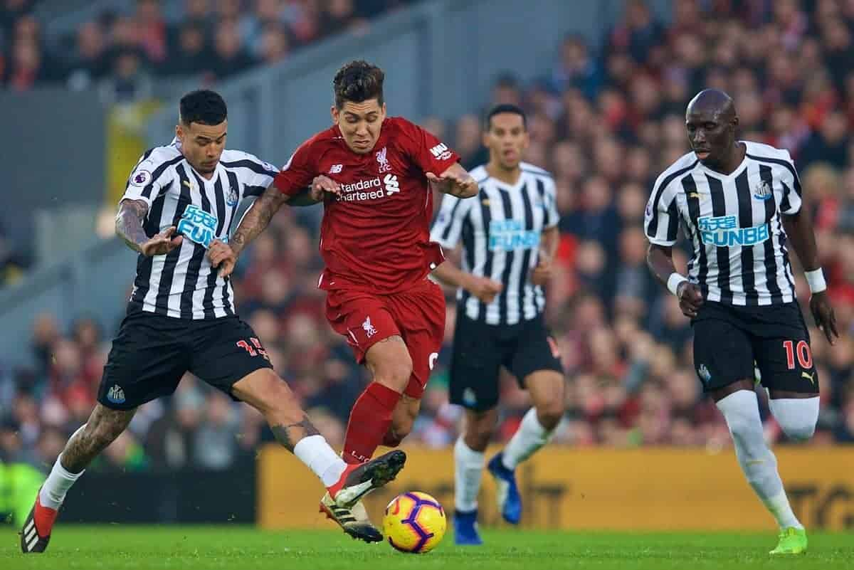 LIVERPOOL, ENGLAND - Boxing Day, Wednesday, December 26, 2018: Liverpool's Roberto Firmino during the FA Premier League match between Liverpool FC and Newcastle United FC at Anfield. (Pic by David Rawcliffe/Propaganda)