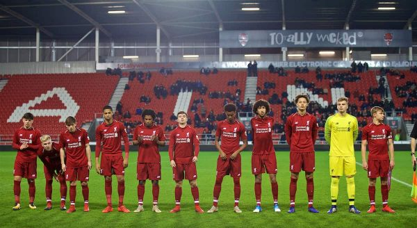 ST HELENS, ENGLAND - Monday, January 21, 2019: Liverpool players line-up before the FA Youth Cup 4th Round match between Liverpool FC and Accrington Stanley FC at Langtree Park. L-R Bobby Duncan, Luis Longstaff, Leighton Clarkson, Elijah Dixon-Bonner, Yasser Larouci, Jack Walls, Abdulrahman Sharif, Remi Savage, Rhys Williams, goalkeeper Jaros Vitezslav, captain Paul Glatzel. (Pic by Paul Greenwood/Propaganda)